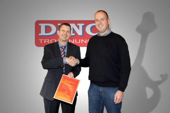 BBW Zertifikat Übergabe mit Dino